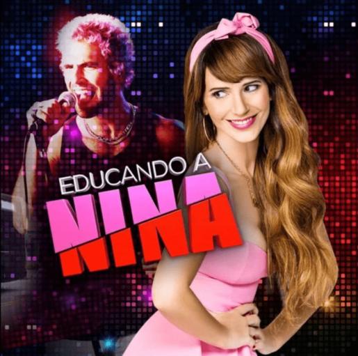 VARIOS EDUCANDO A NINA